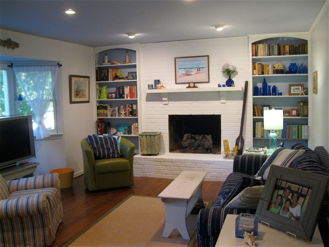 Beach Cottage Family Room